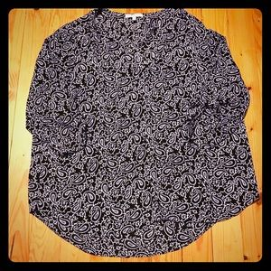 Chaus New York Black and White Paisley Top